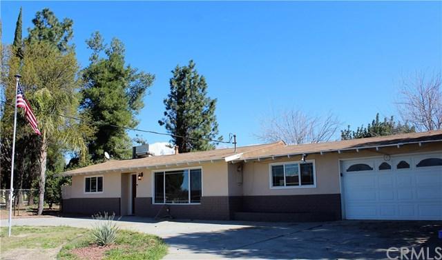13533 3rd Street, Yucaipa, CA 92399 (#EV19085076) :: Mainstreet Realtors®