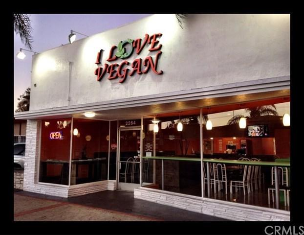 2264 Pacific Ave, Long Beach, CA 93806 (#RS19085026) :: Fred Sed Group