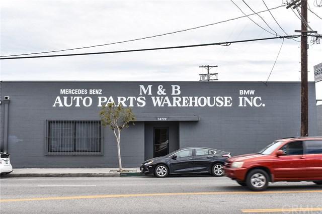 14722 Oxnard Street, Van Nuys, CA 91411 (#BB19083818) :: eXp Realty of California Inc.