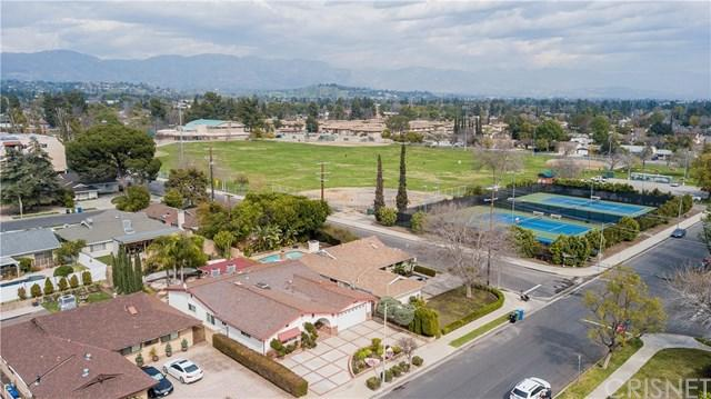 16811 San Jose Street, Granada Hills, CA 91344 (#SR19085352) :: eXp Realty of California Inc.