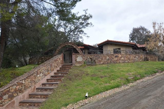 18310 Bunny Drive, Jamul, CA 91935 (#190020465) :: Steele Canyon Realty