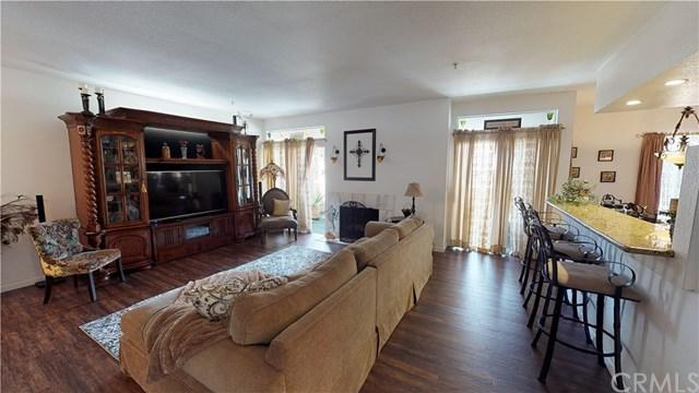 4571 Warner Avenue #206, Huntington Beach, CA 92649 (#IG19086501) :: RE/MAX Empire Properties