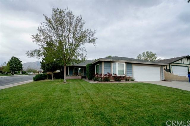 28508 Wisteria Lane, Highland, CA 92346 (#EV19087034) :: eXp Realty of California Inc.