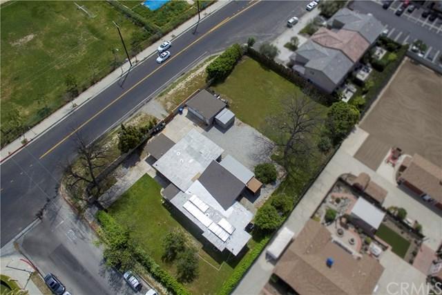 17710 Merridy Street, Northridge, CA 91325 (#BB19085595) :: Kim Meeker Realty Group