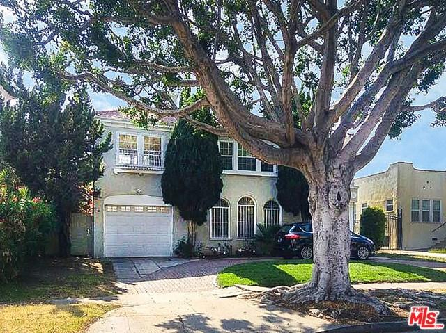 609 N Beachwood Drive, Los Angeles (City), CA 90004 (#19456394) :: The Costantino Group | Cal American Homes and Realty