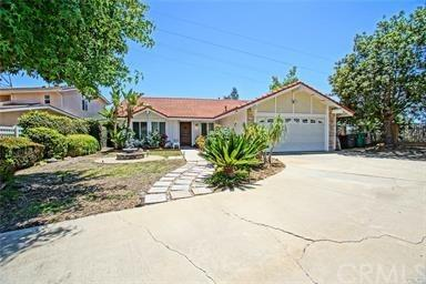 23504 Grand Rim Court, Diamond Bar, CA 91765 (#CV19085560) :: The Costantino Group | Cal American Homes and Realty