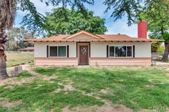 28450 Locust Avenue, Moreno Valley, CA 92555 (#IV19084096) :: eXp Realty of California Inc.
