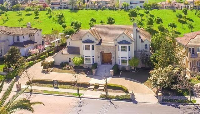 5461 Country Club Parkway, San Jose, CA 95138 (#ML81747611) :: Fred Sed Group