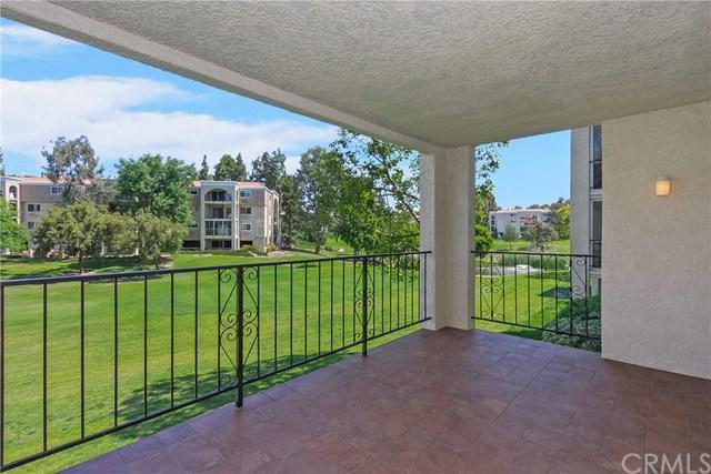 5515 W Paseo Del Lago W 1A, Laguna Woods, CA 92637 (#OC19088787) :: Allison James Estates and Homes