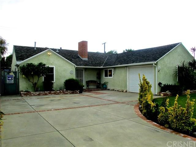 17436 Blythe Street, Northridge, CA 91325 (#SR19085838) :: The Brad Korb Real Estate Group