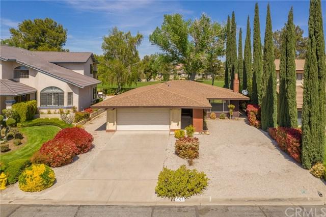 12950 Cedarbrook Lane, Victorville, CA 92395 (#CV19088232) :: The Costantino Group | Cal American Homes and Realty