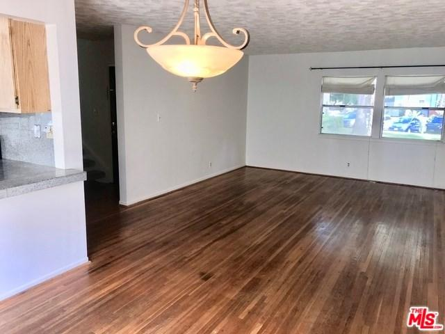 5825 Bowcroft Street #2, Los Angeles (City), CA 90016 (#19456988) :: The Costantino Group | Cal American Homes and Realty