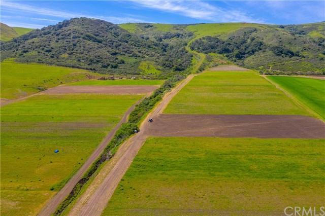 3255 Los Osos Valley Road, Los Osos, CA 93402 (#PI19088590) :: The Danae Aballi Team