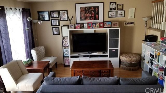 1370 W Orange Grove Avenue, Pomona, CA 91768 (#OC19089820) :: Cal American Realty