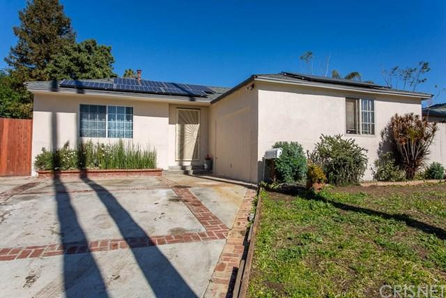 19129 Lemay Street, Reseda, CA 91335 (#SR19090262) :: The Houston Team | Compass