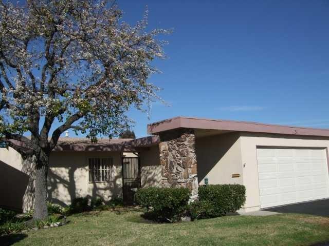 3902 Vista Campana N. #31, Oceanside, CA 92057 (#190021393) :: Blake Cory Home Selling Team