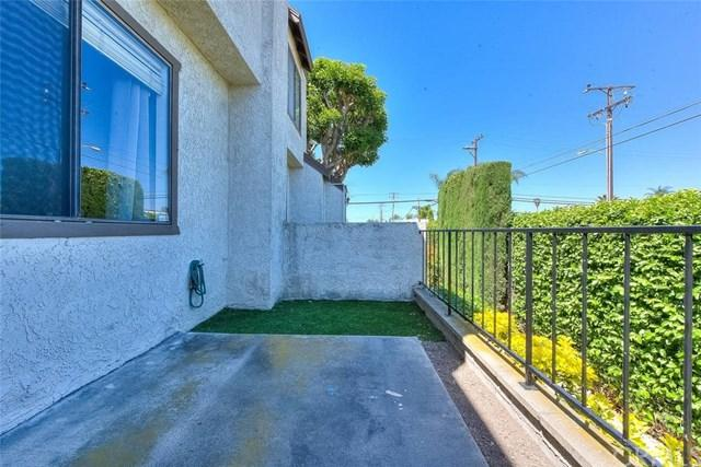8205 Maureen Drive, Midway City, CA 92655 (#IG19090582) :: The Marelly Group   Compass