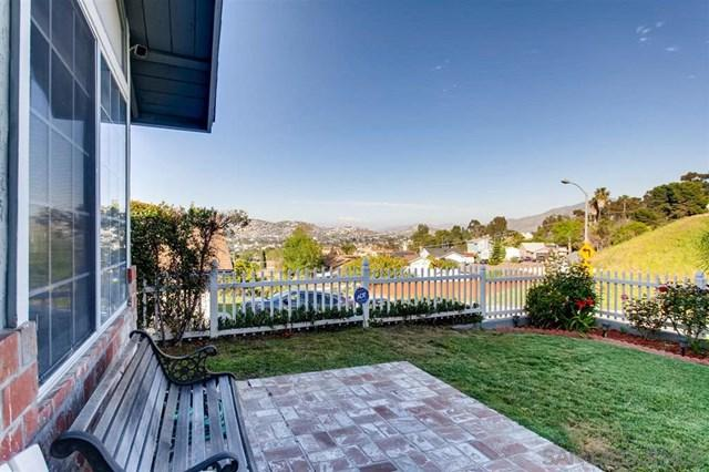 236 Worthington St, Spring Valley, CA 91977 (#190021443) :: Steele Canyon Realty