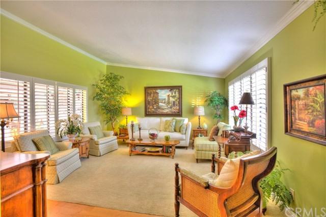 8885 Plumas Circle 1119B, Huntington Beach, CA 92646 (#PW19082250) :: DSCVR Properties - Keller Williams