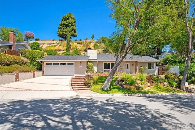 50 Encanto Drive, Rolling Hills Estates, CA 90274 (#SB19086920) :: Heller The Home Seller