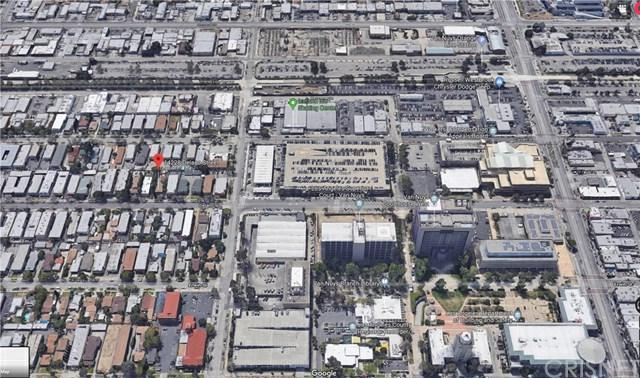 14228 Delano Street, Van Nuys, CA 91401 (#SR19091074) :: Kim Meeker Realty Group