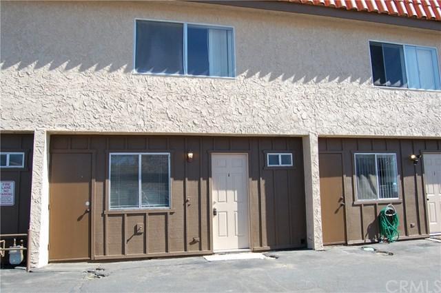 55889 Santa Fe, Yucca Valley, CA 92284 (#JT19091177) :: Heller The Home Seller