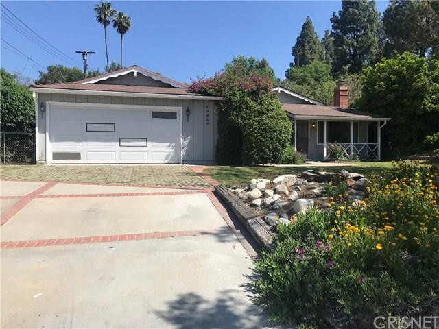 10635 Jimenez Street, Lakeview Terrace, CA 91342 (#SR19091457) :: The Brad Korb Real Estate Group