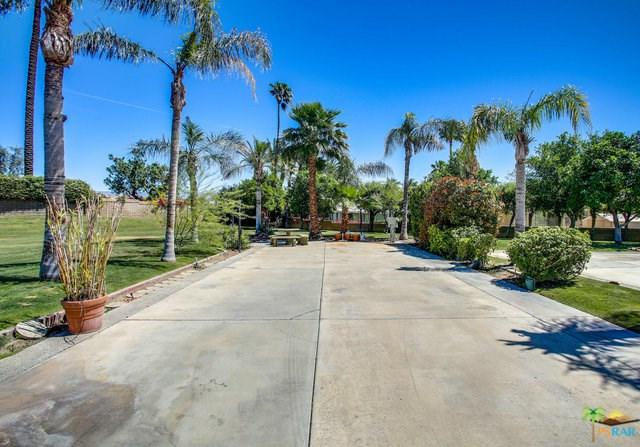 69411 Ramon Road, Cathedral City, CA 92234 (#19456660PS) :: Millman Team