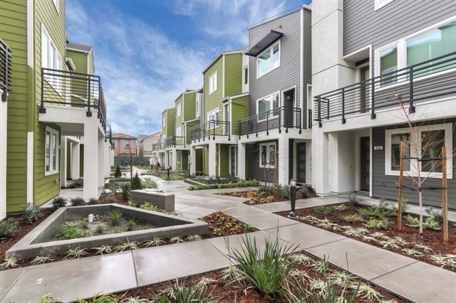 348 Hearst Drive A, Milpitas, CA 95035 (#ML81748176) :: Fred Sed Group