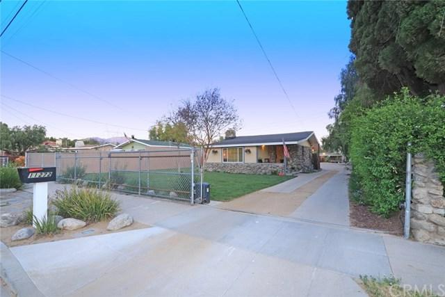 11272 Sheldon Street, Sun Valley, CA 91352 (#BB19090992) :: Go Gabby