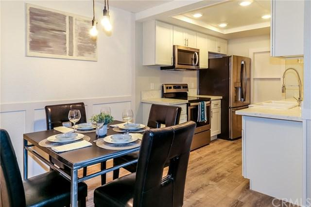 20702 El Toro Road #122, Lake Forest, CA 92630 (#OC19092539) :: Legacy 15 Real Estate Brokers