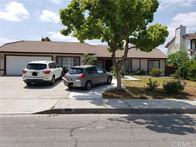 898 N Driftwood Avenue, Rialto, CA 92376 (#EV19092864) :: Kim Meeker Realty Group