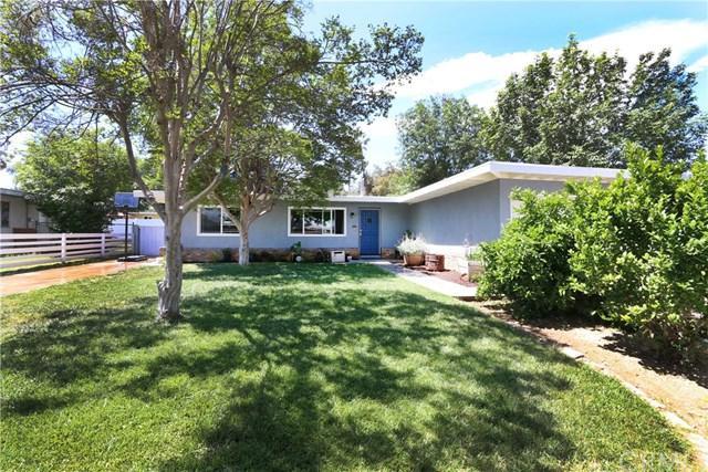 3076 Maude Street, Riverside, CA 92506 (#CV19092229) :: DSCVR Properties - Keller Williams