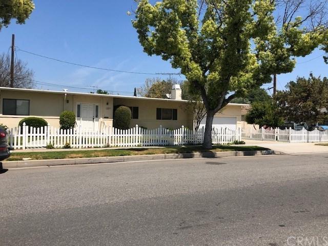 4529 W Clark Avenue, Burbank, CA 91505 (#BB19093060) :: Go Gabby