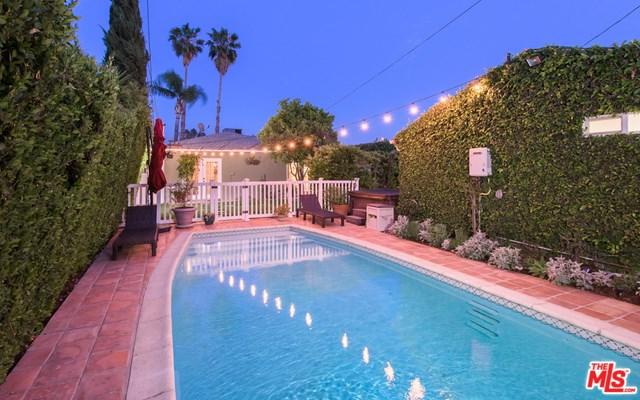 5955 Troost Avenue, North Hollywood, CA 91601 (#19458414) :: eXp Realty of California Inc.