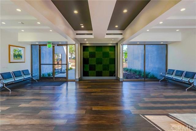 4950 San Bernardino Street #103, Montclair, CA 91763 (#IV19093503) :: eXp Realty of California Inc.