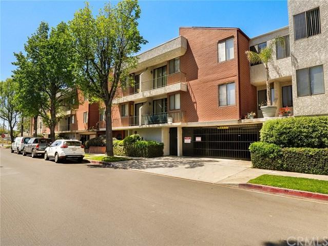 7211 Cozycroft Avenue #8, Winnetka, CA 91306 (#BB19093542) :: Go Gabby