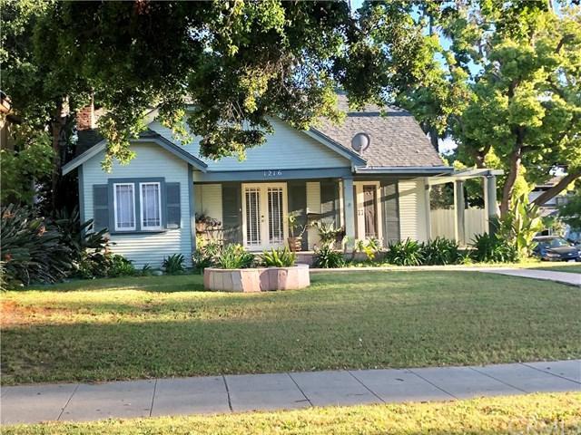 1216 E Orange Grove Boulevard, Pasadena, CA 91104 (#DW19093843) :: Fred Sed Group
