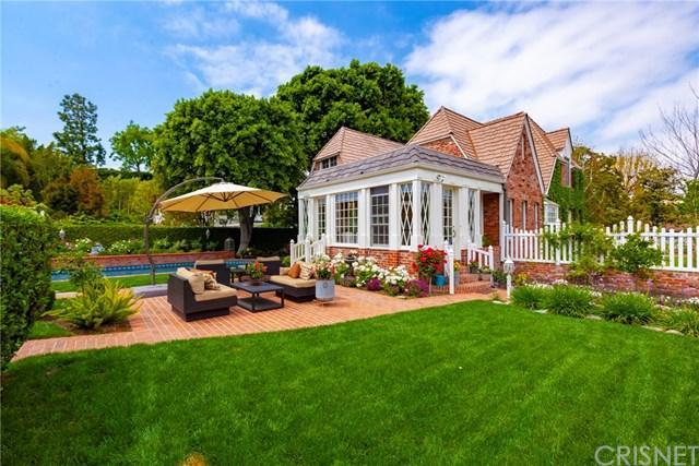 15404 Sutton Street, Sherman Oaks, CA 91403 (#SR19093832) :: The Brad Korb Real Estate Group
