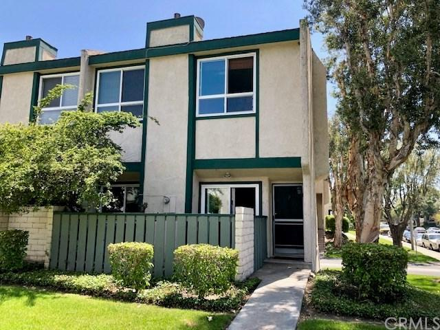 2100 W Palmyra Avenue #1, Orange, CA 92868 (#OC19094014) :: J1 Realty Group