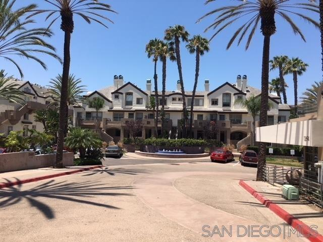 San Diego, CA 92130 :: Beachside Realty
