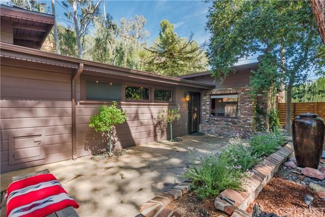 4525 Canoga Avenue, Woodland Hills, CA 91364 (#SR19094444) :: The Brad Korb Real Estate Group