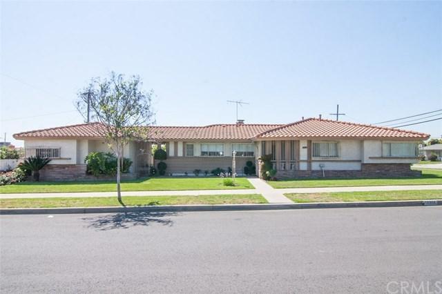 10314 Fremont Avenue, Montclair, CA 91763 (#CV19091357) :: eXp Realty of California Inc.