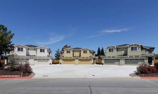 575 Ridgemark Drive #575, Hollister, CA 95023 (#ML81748762) :: Ardent Real Estate Group, Inc.