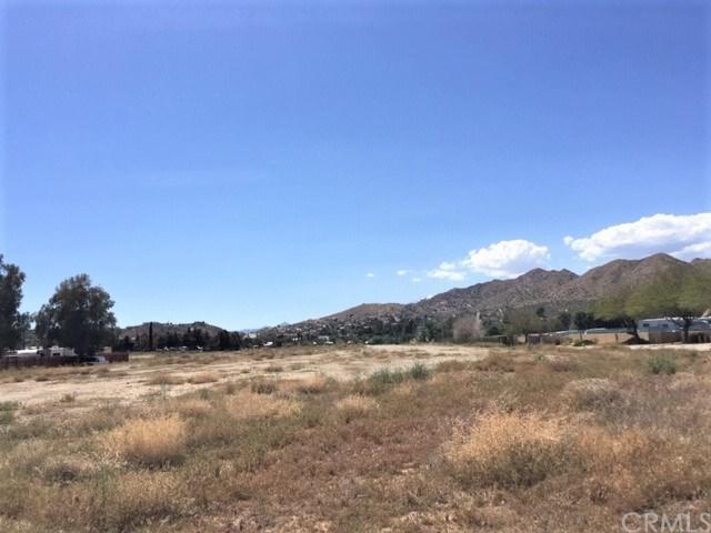 0 Benecia Trail, Yucca Valley, CA 92284 (#JT19094851) :: RE/MAX Masters
