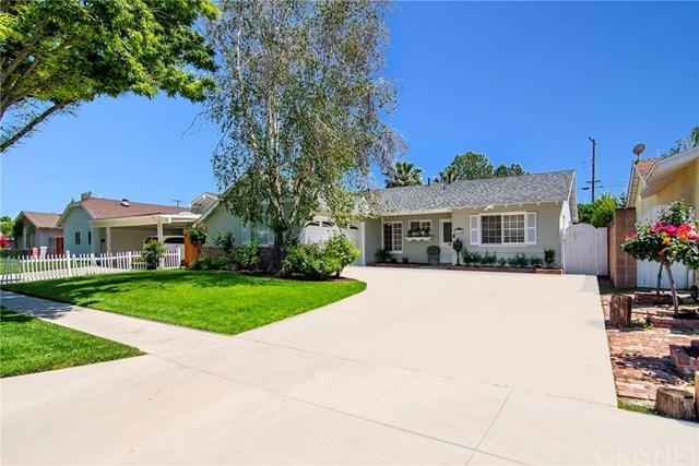 23346 Schoolcraft Street, West Hills, CA 91307 (#SR19088755) :: Go Gabby