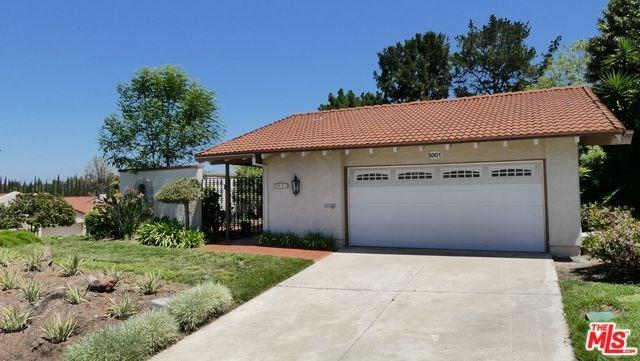 5001 Duverney, Laguna Woods, CA 92637 (#19458432) :: Fred Sed Group