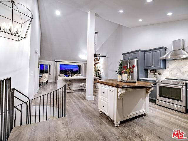 2399 Jefferson Street #8, Carlsbad, CA 92008 (#19449850) :: Ardent Real Estate Group, Inc.