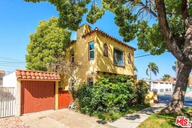 219 W 25TH Street, Long Beach, CA 90806 (#19459806) :: Fred Sed Group