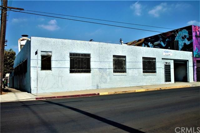 3445 Union Pacific Avenue - Photo 1